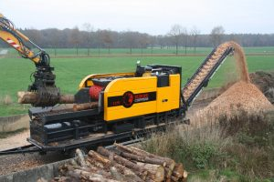 Europe-Chippers-EC-1175-Trailer-mount-1300x867
