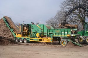 europe chippers EUROPE CHIPPERS – medienos smulkintuvai ProGrind H 4060 1300x864 1 300x199